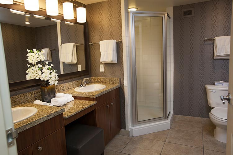 guest suite master bedroom with walk-in shower, The Grandview at Las Vegas