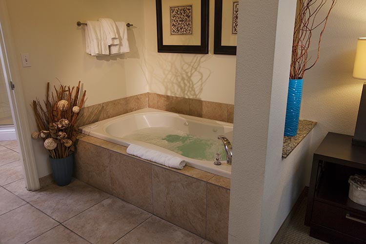 jetted tub in guest suite master bedroom, The Grandview at Las Vegas