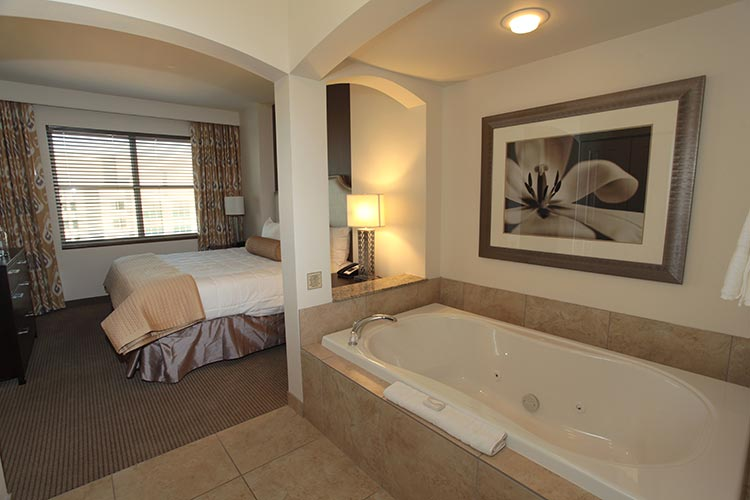 master suite with jetted tub, The Grandview at Las Vegas
