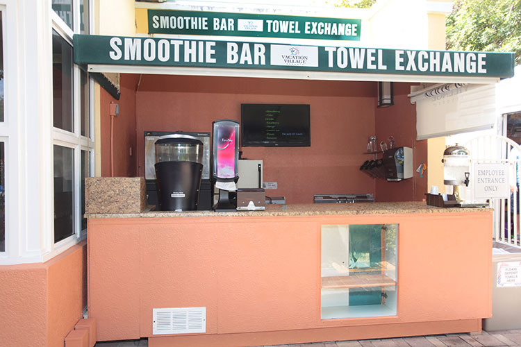 smoothie bar available poolside at the main pool area, Vacation Village at Weston